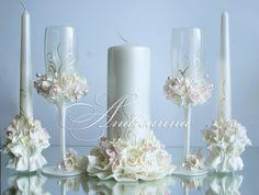 Wedding Unity Candles, Pillar Candles, Wedding Crafts, Wedding Decorations, Ideas Aniversario, Candle Art, Wedding Glasses, Candle Centerpieces, Bridal Sets