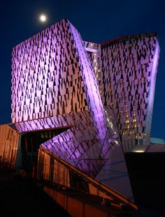 Bella Sky Comwell Hotel, Denmark 29 Amazing Architecture Works Around The Globe That Shine Brightly At Night Unique Buildings, Interesting Buildings, Amazing Buildings, Hotel Copenhagen, Copenhagen Design, Copenhagen Denmark, Contemporary Architecture, Architecture Details, Hotel Architecture