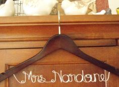 Wedding Dress Hanger, Personalized Hangers, Bridal Hanger, Bride gift, Wedding Gift,custom made wedding Hangers, Name Hanger