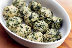 These chicken & spinach meatballs are so delicious and a great way to change up spaghetti and meatball night! #chicken #meatballs Baby Food Recipes, Cooking Recipes, Healthy Recipes, Yummy Recipes, Whole30 Recipes, Diet Recipes, Kimchi, Healthy Cooking, Healthy Eating
