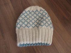 Worsted lined hat Ravelry: cassandralynn's Garfunkel Hat