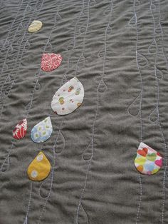 Sew Katie Did - Raindrop applique quilt