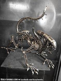 Steampunk - le monstre accroupi de métal (point milieu)
