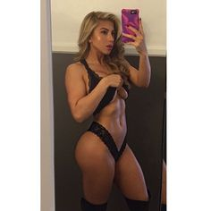 Instagram media valeria_orsini - 2nd look from today's shoot. Feeling strong & sexy. Morning cardio is paying off . . . #superfitbabes @superfitbabes .