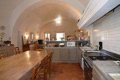 #Cuisine #Kitchen #Mas #RealEstate #Sud #Immobilier #Vente #Provence #Uniqueestate