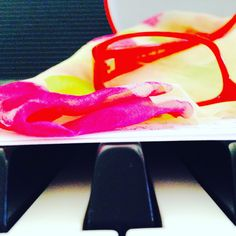 Clases off y al piano.... La tardecita :)) 🎶🎶🎶