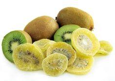 Selbst gemachte kandierte Früchte schmecken hervorragend. Dabei ist die Herstellung zwar nicht schwierig, zieht sich aber über mehrere Tage.