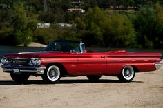 Tripower equipped 1960 Pontiac Bonneville Convertible