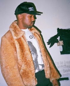 Kanye West wearing and Enfants Riches Déprimés Hats Kanye West, Street Outfit, Street Wear, Hiphop, High Fashion, Mens Fashion, Boy Fashion, Yeezy Season, Mo S