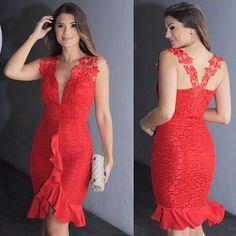 Vestido Renda c/babado lindo que a linda @arianecanovas está usando. Perfeito para as festas de final de ano.