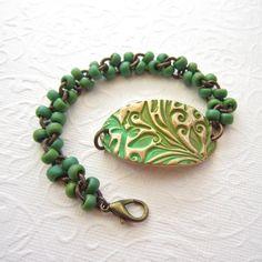 Beaded bronze bracelet, Artisan bronze bracelet, Emerald green bracelet, bracelet, brass chain bracelet