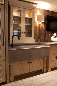 Concrete Farm Sink: love the sleek look of it. by dianna