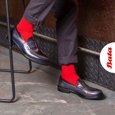 When colored socks make all the difference. Let your Bata Italian Leather Loafers shine! Bata Shoes, Men's Shoes, Dress Shoes, Leather Loafers, Loafers Men, Colorful Socks, Doc Martens Oxfords, Shoe Collection, Italian Leather