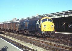 Electric Locomotive, Diesel Locomotive, Train Room, British Rail, Great Western, Rolling Stock, Diesel Engine, Westerns, Random Stuff