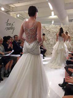 Wedding dress backless