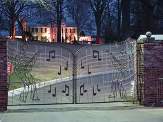 Graceland! Just a beautiful place! I have pictures next to this gate and signed the long brick wall out in front of graceland! :)