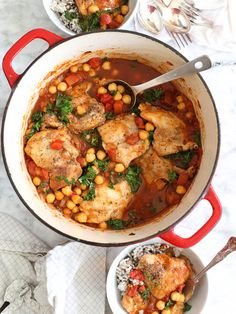 One Pot Meals: Tabasco Braised-Chicken with Chickpeas and Kale Healthy One Pot Meals, Easy Meals, Healthy Eating, Real Food Recipes, Cooking Recipes, Healthy Recipes, Chicken Recipes, Chicken Soups, What's Cooking