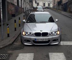Likes, 3 Kommentare - @ . Bmw E46 Sedan, E46 Coupe, Bmw E46 330, E46 Touring, Carros Bmw, Bmw 325, Dominic Toretto, Bmw Girl, Damaged Cars