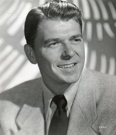 Ronald Reagan Movies, Old Hollywood, Classic Hollywood, Star Wars, Great Leaders, John Wayne, Us History, Popular Culture, Great Movies