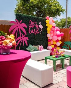 cutest flamingo baby shower set up! Flamingo Baby Shower, Flamingo Birthday, Flamingo Party, Shower Party, Baby Shower Parties, Baby Shower Themes, Baby Shower Decorations, Shower Set, Halloween Party Decor