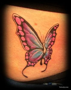 Favorite butterfly I've seen. I would get this too❤ love it!