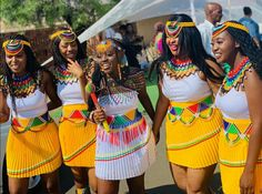 African Clothes, African Dresses For Women, African Print Dresses, African Print Fashion, African Women, Zulu Traditional Attire, Zulu Traditional Wedding, South African Traditional Dresses, Wedding Dinner Dress