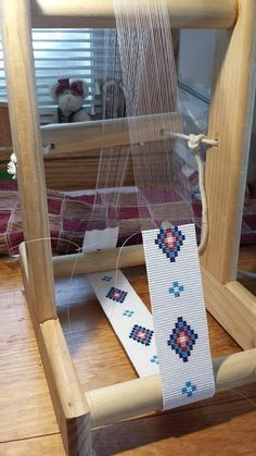 "Homemade Bead Loom - no bending over the bead work - inches high - will make a 39 inch wrap ""PD For future reference. Homemade Bead Loom - no bending Indian Beadwork, Native Beadwork, Seed Bead Patterns, Beading Patterns, Motifs Perler, Bead Loom Bracelets, Beading Projects, Beading Supplies, Loom Weaving"