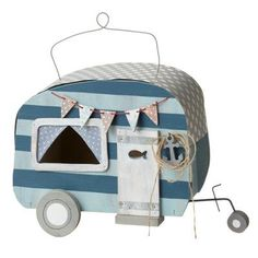 Features:  -La Marina collection.  -Decorative sea shack camper birdhouse with fish door.  -Color: Blue/Gray.  -Material: Plywood.  Mount Type: -Hanging.  Style (Old): -Novelty.  Color: -Blue/Gray.  M