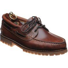 Loake 522 deck shoe w/ commando sole