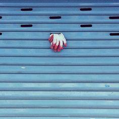 cranefield_2 / ぶさんぶっそーですね / #골목 #문 #놓아두기 / 2013 07 10 /