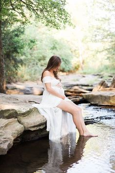 Sew trendy gown - river maternity session