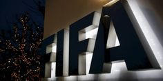 Plusieurs personnalités du sport, dont Platini et Messi, cités dans Panama Papers