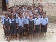 Todo lo que puede conseguir una donación desinteresada: Los uniformes de la Felicidad