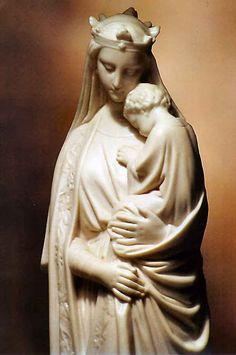 Nossa Senhora, Sede da Sabedoria (Sedes Sapientiae).