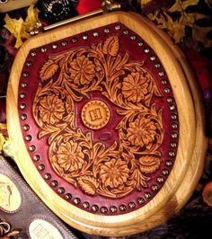 DSC00030.jpg - IFoLG 2004 - Gallery - Leatherworker.net
