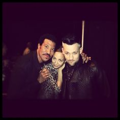 Nicole Richie backstage after her Dad and Joel's Duet on The Voice last night.