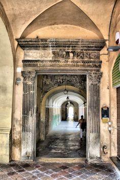 Jesi: Chiostro Sant'Agostino