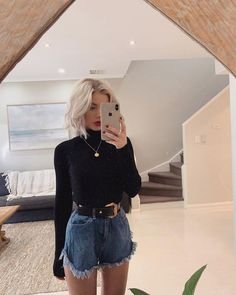Fashion Tips For Women Over 50 Laura Jade Stone Mode Outfits, Trendy Outfits, Fashion Outfits, Style Fashion, Girl Fashion, Fashion Tips, Laura Jade Stone, Moda Vintage, Mode Style