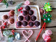 Τρουφακια απο μελομακαρονα Sweets Recipes, Desserts, Raspberry, Cookies, Fruit, Food, Postres, Cookie Recipes, The Fruit