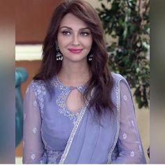 Salwar Neck Designs, Churidar Designs, Kurta Neck Design, Neck Designs For Suits, Blouse Designs, Shadi Dresses, Prom Dresses, Long Dress Design, Indian Wedding Bride