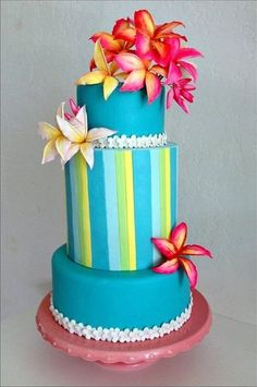 Tropical turquoise wedding cake