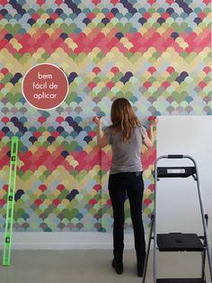 http://colunas.revistaglamour.globo.com/referans/2012/01/24/adesivo-ou-papel-de-parede/