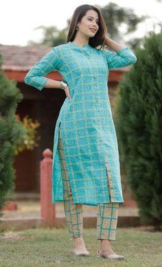 Simple Kurta Designs, Kurti Neck Designs, Kurta Designs Women, Kurti Designs Party Wear, Stylish Dress Designs, Stylish Dresses, Blouse Designs, Indian Designer Outfits, Designer Dresses