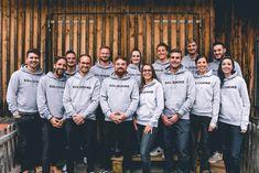 Synbiotic SE verbucht Gewinn - Nicht nur die Tochtergesellschaft Solidmind Group GmbH ist auf Erfolgskurs. Bald soll die CBD-Marke Hempamed auch in Großbritannien verfügbar sein. Im... Movies, Movie Posters, Hemp, Daughter, Films, Film Poster, Cinema, Movie, Film