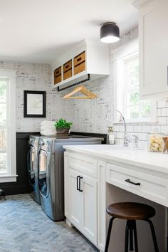 Best 20 Laundry Room Makeovers - Organization and Home Decor Laundry room decor Small laundry room organization Laundry closet ideas Laundry room storage Stackable washer dryer laundry room Small laundry room makeover A Budget Sink Load Clothes Laundry Room Organization, Laundry Room Design, Organization Ideas, Storage Ideas, Laundry Storage, Closet Storage, Office Storage, Smart Storage, Extra Storage