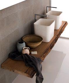 """Waschbecken auf Kauri-Holzscheibe: """"Duo"""" von Neutra - Waschbecken und Waschtische 12 - [SCHÖNER WOHNEN]"""