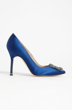 02a71cbf35c6a Manolo Blahnik  Hangisi  Jeweled Pump