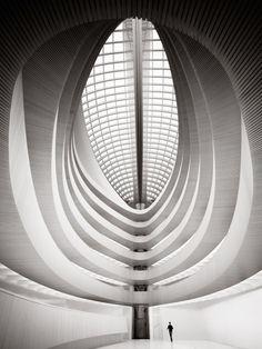 University of Zurich by Ronny Behnert.