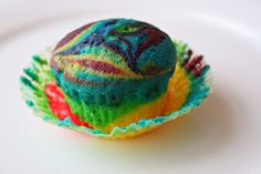 Tie Dye cupcakes.  Super fun idea i did for Natalia's 3rd birthday!  Big hit with the kiddos!