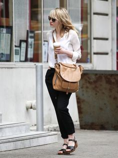 Emma Stone, hate the shoes, love the bag!